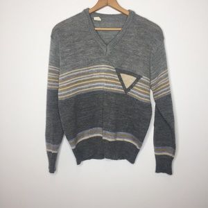 Vintage gray tan sweater minimalist and trendy